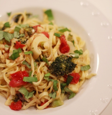 Linguine with Broccoli Tomatoes and Hearts of Palm