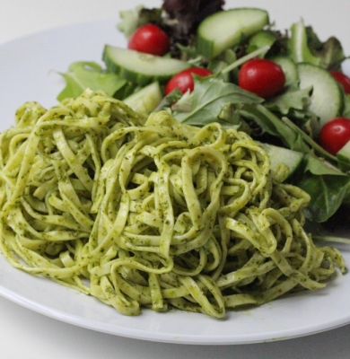Linguine with Spinach Lemon Pesto