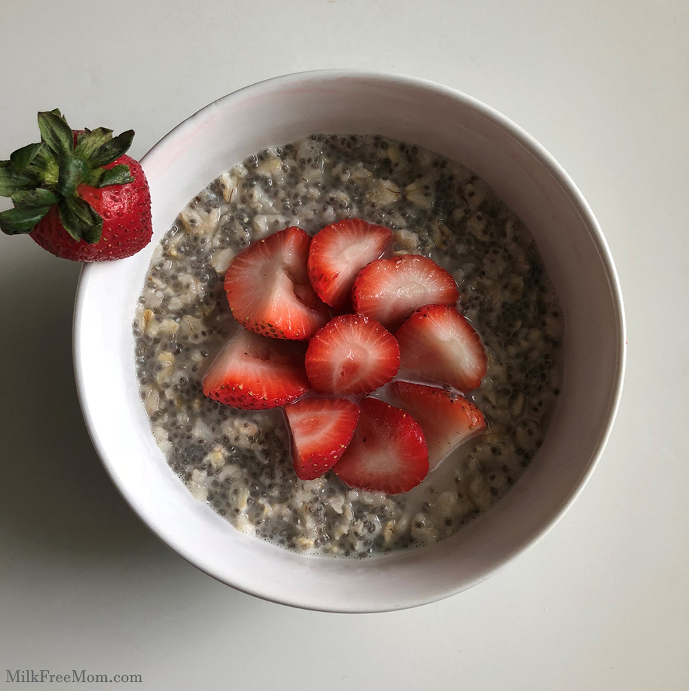 Strawberry Chia Oatmeal
